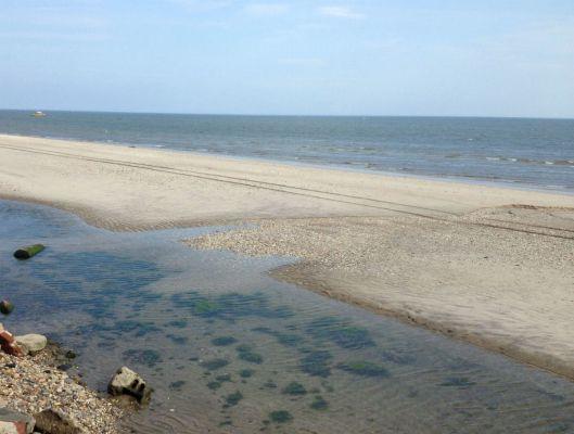 Hallock beach