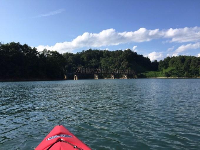 lake fontana