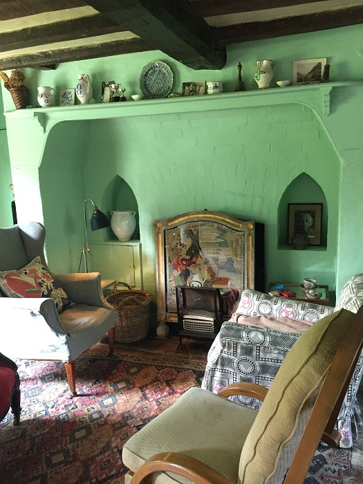 Virginia Woolf's living room